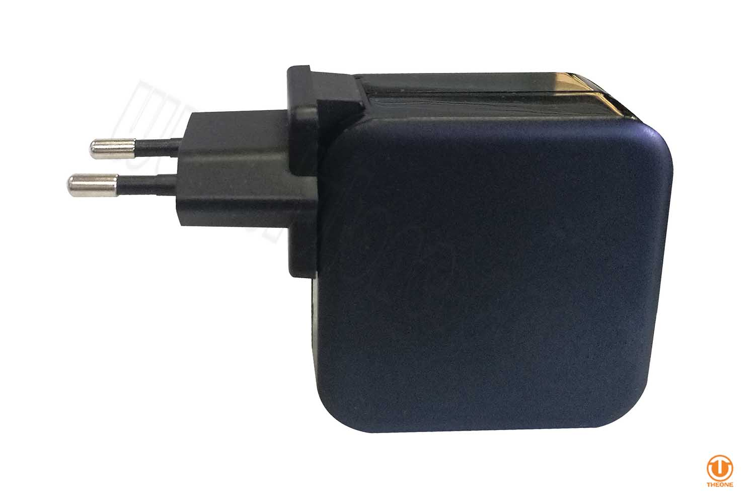 usb-c pd charger qc3.0 with interchangeable plugs